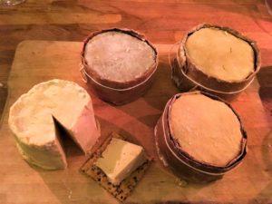 Veganskost Vegansk ostbarik. Fermenterade och lagrade ostar.